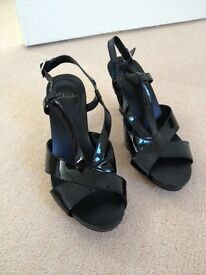Clarks black sandals Size 5