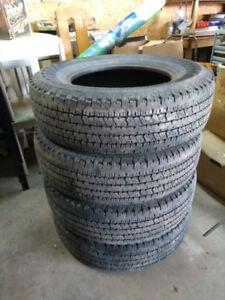 4 x pneus P235/75R17