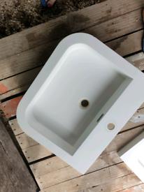 White ceramic bathroom sink 23.5in x 19.5in