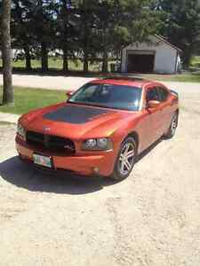 2006 Dodge Charger RT Daytona Sedan
