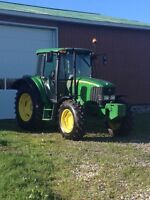 ******John Deere 6415 with low hrs********