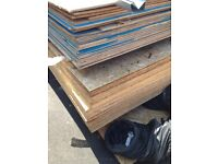 20 x Plywood in very good condition 2400 x 1200. Delivery