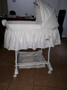 Bily bassinet for super cheap
