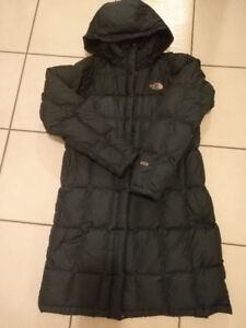 The North Face Blue Parka 600 Large s1yr used,excellent conditio