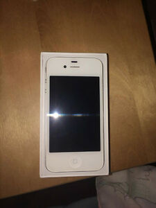 Mint Condition White Iphone 4S Cambridge Kitchener Area image 2