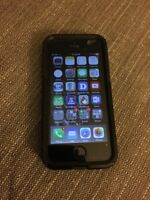 iPhone 5S 32g unlocked with Otter case