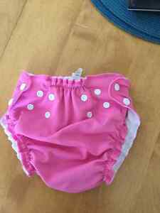 AppleCheeks swim diaper...size 2 London Ontario image 1