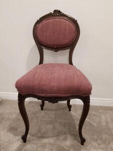 Vintage - Chaise de style victorien en bon état