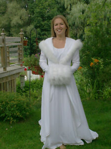 Wedding Dress with Hood and Muff in excellent condition Size 9-1