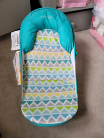 Baby bath shower chair seat. Summer infant (AS NEW)