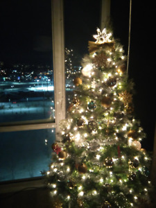 "Beautiful 6.5"" Pre-Lit Christmas Tree with Frosted Snow Tips"