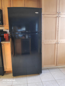 Maytag 18.0 cu. ft. Refrigerator (Top Freezer)