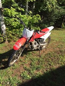 Looking for 250cc or 450cc dirtbike would buy or trade