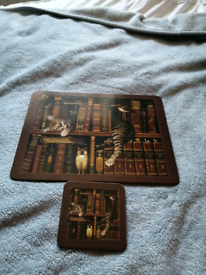 For sale table cats book case table mats on good condition nice