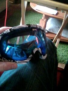 spy optic snowboard googles