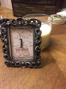 19 small frames perfect for wedding table numbers