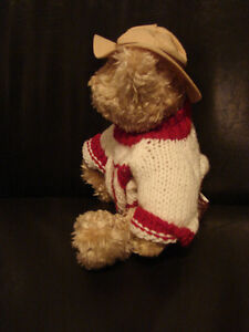 """Brass Button Bear Legendary Collection """"Clay"""" THE CANADA BEAR Belleville Belleville Area image 5"""