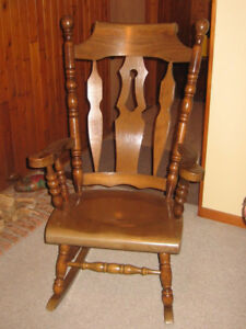 Classic Solid Oak 30 x 20 x 48 in Grandfather Rocking Chair