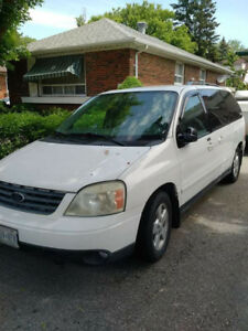 2004 Ford Freestar Sport - best offer takes it