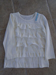 The childrens place size 4 new with tags