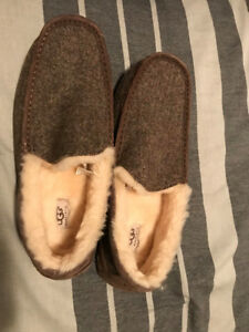 UGG Mens Slipper