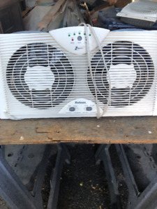 Dual Blade Twin Window fan with One Touch Thermostat