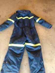 **HELLY HANSEN INSULATED COVERALLS**46 TALL** Prince George British Columbia image 3