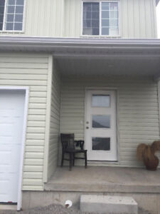 Town homes for Rent July 1st, Kanvers Way Napanee.