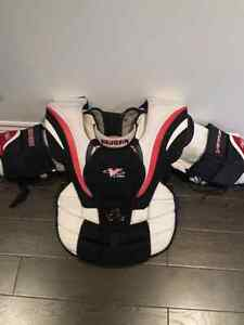 Jr goalie equipement