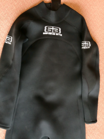 Adults Large Long Wetsuit in excellent condition. Banana Bite.