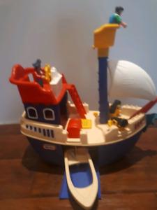 Little Tykes Ship