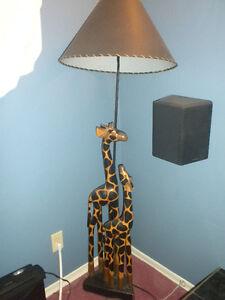 Wood safari lamp
