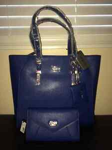 Brand new Guess purse & wallet set Regina Regina Area image 1
