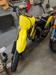 Motocross Suzuki rmz250