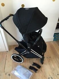 CYBEX Priam with Lux Seat in Happy Black Colour