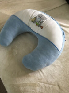 Comfortable and cozy Breastfeeding Pillow