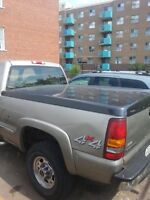 2001 GMC Sierra 1500 bed cover