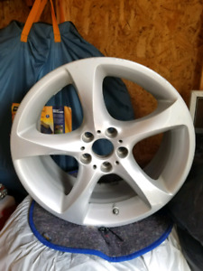 une Roue / one mag wheel bmw bbs 19 inch style 230