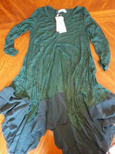 Royal Green flowy top, size small