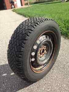 Winter Tires on rims for Toyota Matrix or Pontiac Vibe London Ontario image 2