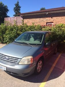 2004 Ford free star $800