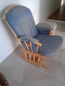 Chaise perçante
