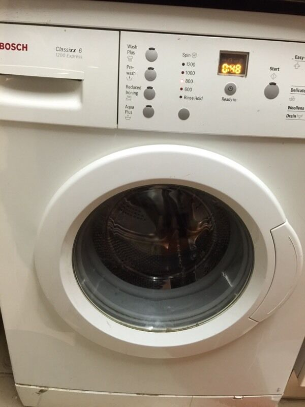 Bosch washing machinein Norwood, LondonGumtree - Bosch washing machine is full working and good condition it is BOSCH free standing washing machine 6kg load drum & 1200 spinnew model 6kg machine
