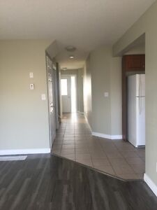 Newly renovated end unit townhouse near Conestoga College!!!