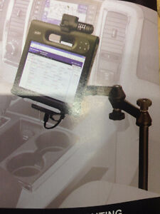 IPAD OR COMPUTER RAM CAR MOUNTING SYSTEM
