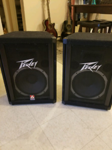 Pair of Peavey TLS 112 Speakers