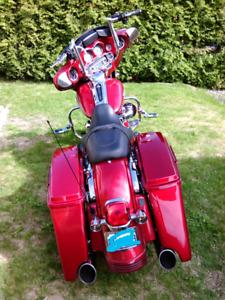 "Harley Davidson street glide ""FLHX"" bagger"