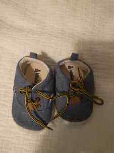 Baby GAP shoes size 12-18 months  Kitchener / Waterloo Kitchener Area image 1