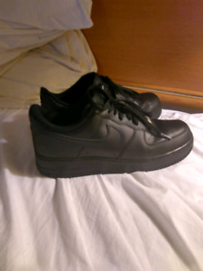 Air Force ones - lows mens size 9 TRADES ONLY!