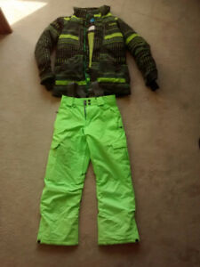 Firefly Ski or snowboard suit - Youth Medium